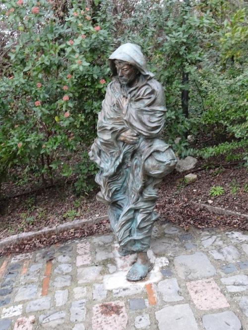 A poor man sculpture